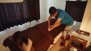 脚のアロマトリートメント練習