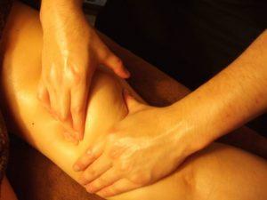 足のアロママッサージ